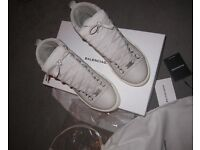 Balenciaga arena men's shoes with box& receipt