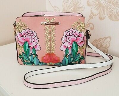 💖 River Island Pink Embroidered Floral Triple Compartment Cross Body Bag 💖