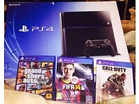 PS4 500gb 3 games fully boxed mint
