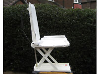Aquatec Orca Bath Seat Lift - powered