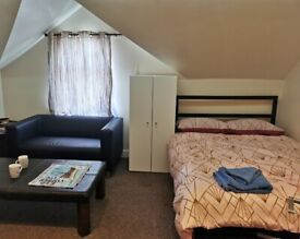 Air B&B studio and rooms to rent