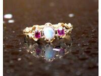 18-22Ct Yellow Gold Opal & Gemstone Ring