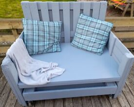 Rustic Garden Large Double Seat With Roll Away Dog Bed
