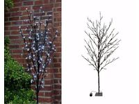 BRAND NEW IN BOX LARGE WHITE BLOSSOM TREE LIGHT INDOOR & OUTDOOR USE
