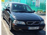VOLVO V40 1.8 PETROL 2001