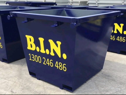 Bin hire 7 - 14 days bin it now! Have a tidy up before Christmas