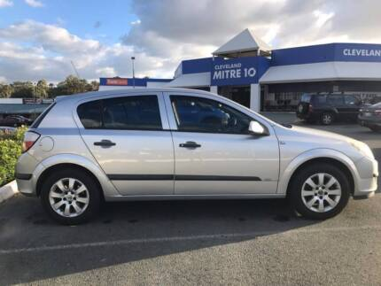 2006 Holden Astra AH - Manual  - Low Kms -Rego -Driveaway