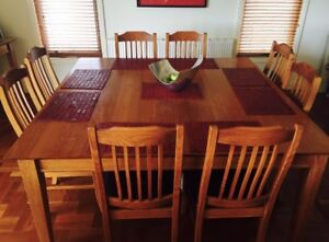 1.8 x 1.8m Harwood dining table & 8 chairs