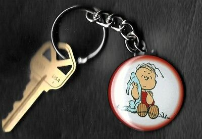 LINUS VAN PELT of Peanuts Charlie Brown by Charles Schulz Key Chain KEYCHAIN