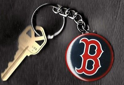 Boston Red Sox B LOGO Keychain Key -