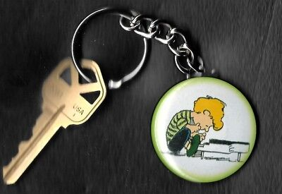 SCHROEDER of Peanuts Charlie Brown by Charles Schulz Key Chain KEYCHAIN