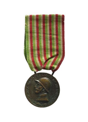 Your Guide to Buying World War I Medals on eBay