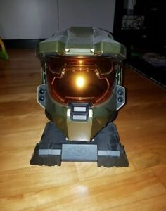 Halo 3 master chief helmet + stand rare legendary collection