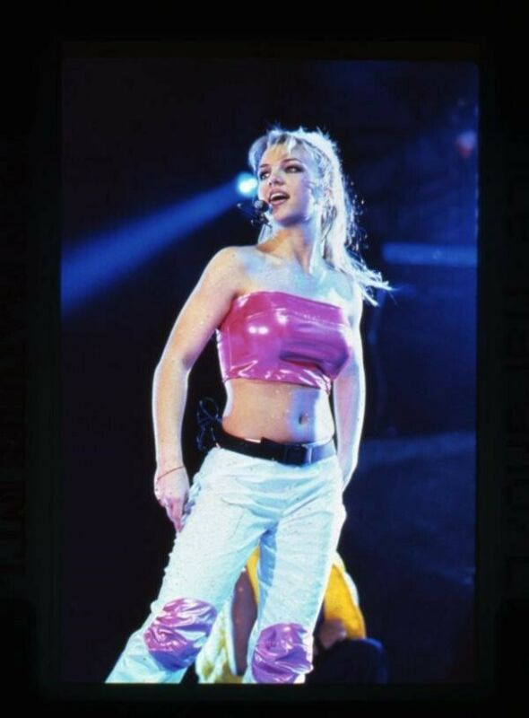 Britney Spears sexy outfit in concert Original Photo Agency 35mm Transparency