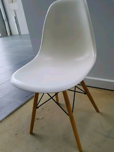 Eames Eiffel DSW replica Clifton Springs Outer Geelong Preview
