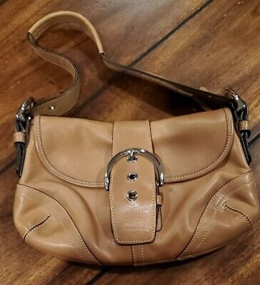 Coach Vintage Women Small Leather Purse- Beige