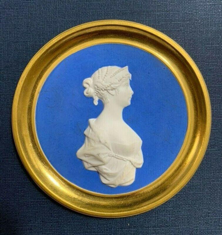KPM Porcelain Plaque - mid 1800s - Duchess Louise ofMecklenburg-Strelitz - gilt