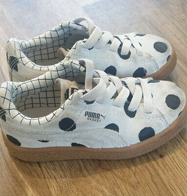 Childrens Puma Trainers Size 9.5 Infant Spotty