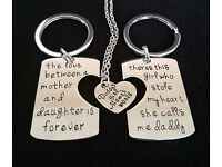 New Engraved Necklace and Keyring Set FOR DADDY, MOTHER AND DAUGHTER