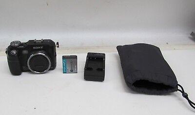 SONY CYBERSHOT DSC-V3 7.2MP DIGITAL CAMERA w/ BATTERY & CHARGER - TESTED V3 Digital Camera Battery