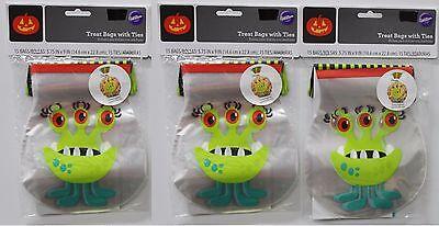 Halloween Popcorn Treat Bags (3-SET WILTON MONSTER TREAT BAGS 45 CT Halloween Party Favors Candy Popcorn)
