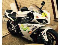 Yamaha R1 Big Bang crossplain