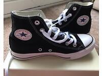 Black High Top Converse Size 4