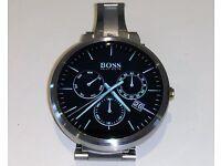 MOTO 360 Smart Watch - Original box & accessories plus additional strap