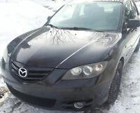 Mazda 3 gs full équipée, carroserie propre seulement 150000km