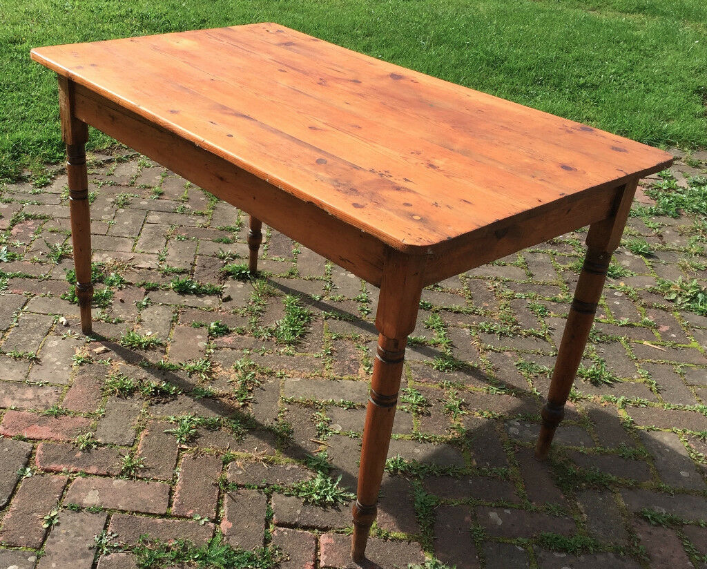 Stunning Oak Rustic Kitchen Table Fully Oiled