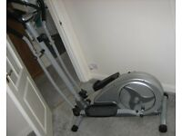 JLL CT300 CROSS TRAINER - AS NEW - £100 CASH ON COLLECTION