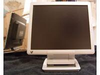 """V7 LCD 17"""" monitor"""