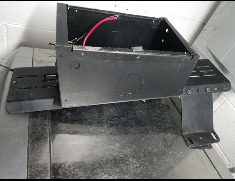Ford Crown Vic POLICE Radio Console & mounting base-Fits 98