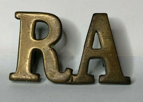 WW1 RA Royal Artillery Brass Shoulder Title Badge 25 x 16 mm hex lugs