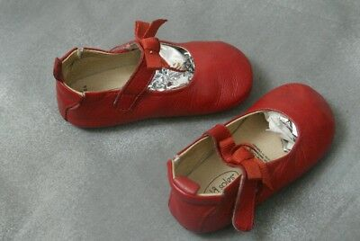 Babys Old sole Red shoes Used 15 to 18 Mths Eu 22