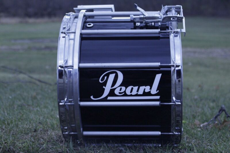 """Pearl 14"""" Marching Snare Drum With Stand And Padded Hard Case."""