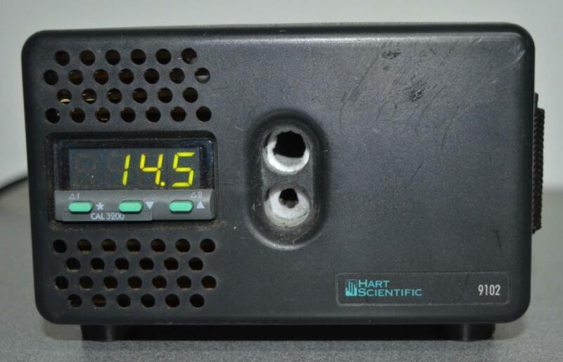 Hart Scientific 9102 Dry Block Calibrator ++ NICE ++
