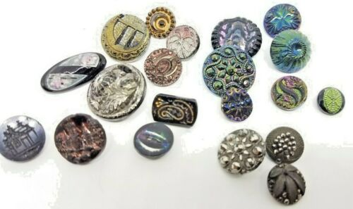 LOT 20 SMALL ANTIQUE VICTORIAN BLACK GLASS, STEEL CUT BUTTONS COLORS LUSTERS