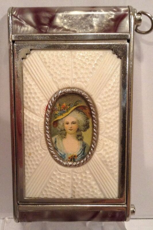 Beautiful Antique Victorian Compact