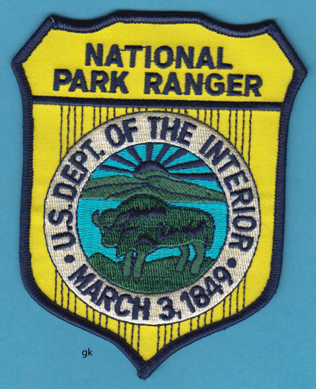 NATIONAL PARK RANGER  DEPT. OF THE INTERIOR SHOULDER POLICE PATCH (Color)