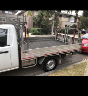 Cheap furniture and rubbish movers / urgent delivery
