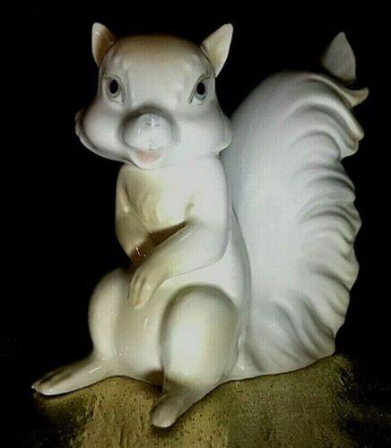 Vintage Miguel Requena Porcelanas Spain Squirrel Figurine Signed
