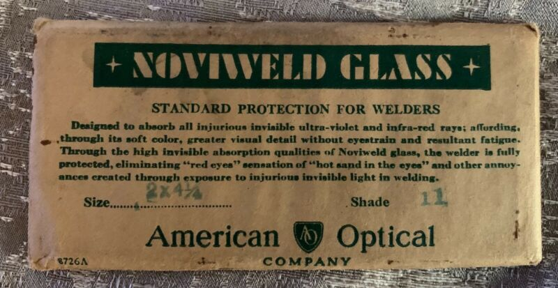American Optical Noviweld Glass Shade 11 lens