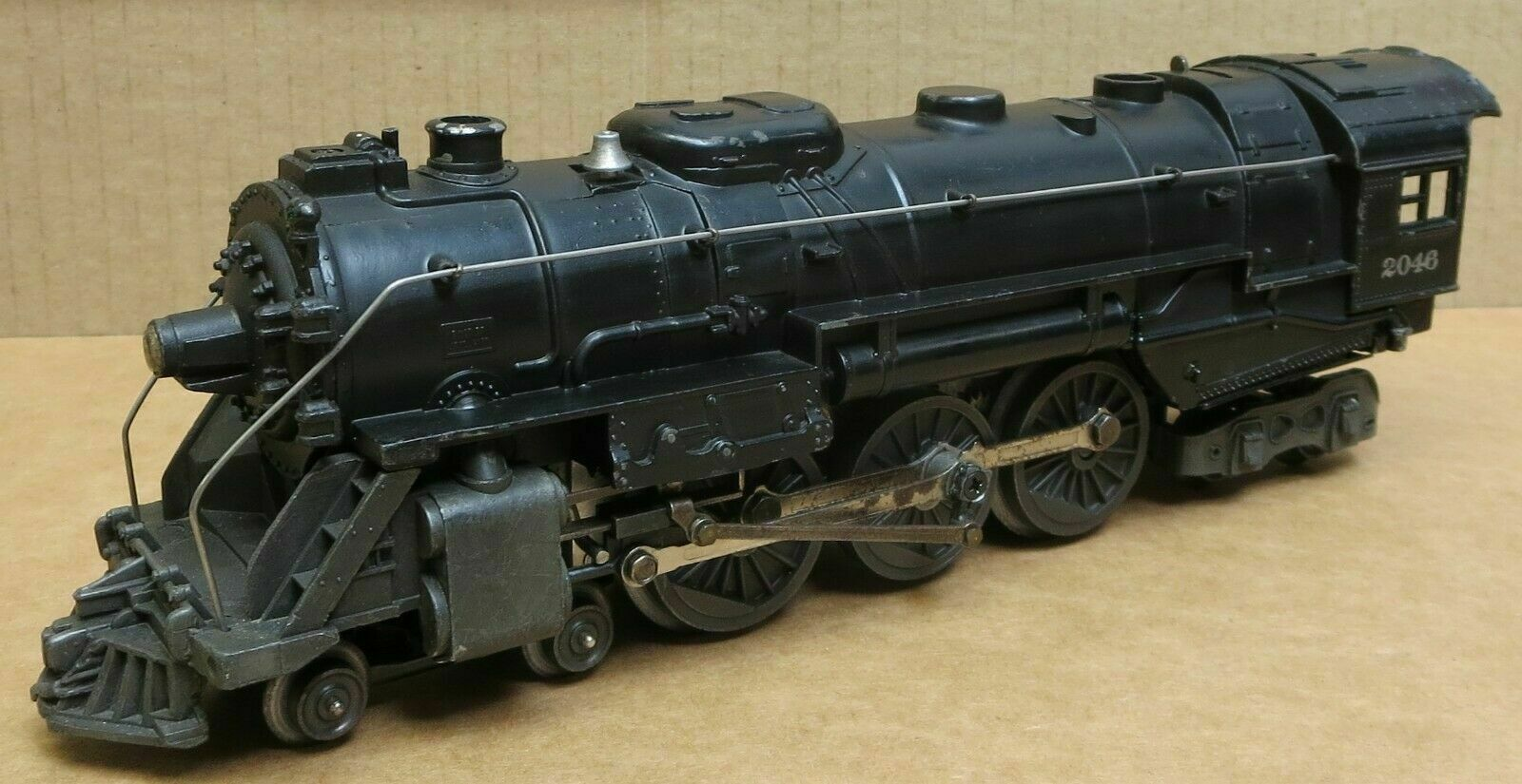 Lionel 2046 Steam Locomotive & 2046w Tender
