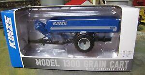 1/64 SpecCast Kinze 1300 Grain Cart with Flotation Tires