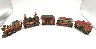 Vintage World Bazaar 1995 Holiday Santa Express 5 Car Train Set Great Condition