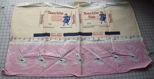 """8364 Vintage """"Town Crier"""" flour sack, pink with sail boats, Good label, K C MO"""