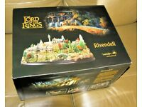 NEW (IN BOX) WETA RIVENDELL DIORAMA 'LORD OF THE RINGS' LOTR MOVIE (Environment)