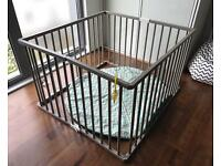 Combelle foldable playpen