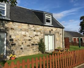 To Rent - Attractive 2 Bed Steading Conversion in Rosyth / Limekilns